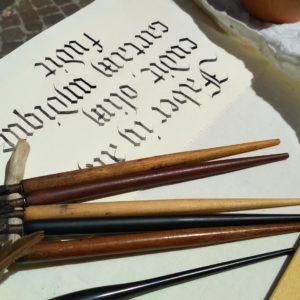 calligrafia carta mano fabriano