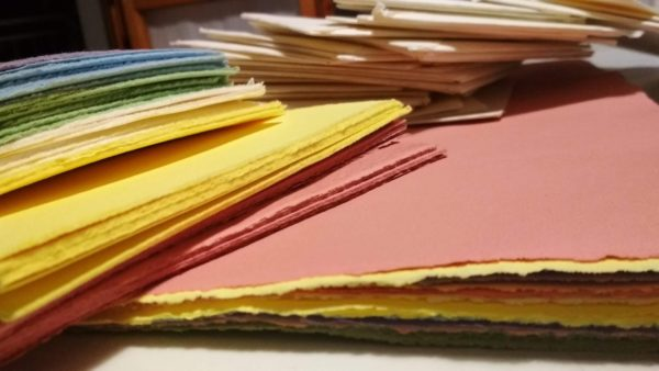 fabriano carta fatta a mano